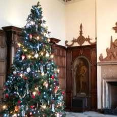 Festive-christmas-market-1579599933