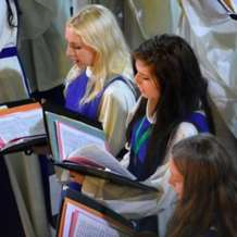 Britten-s-ceremony-of-carols-1505031273