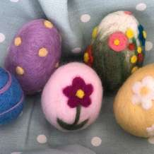 Easter-egg-needle-felting-workshop-1549977868
