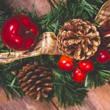 Festive-wreath-workshop-1558264369