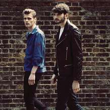 Hudson-taylor-singing-for-strangers-tour-1412417135