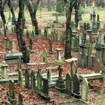 Tours-of-key-hill-cemetery-1576695307