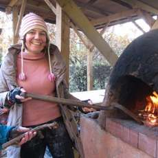 Earth-oven-baking-1492167044