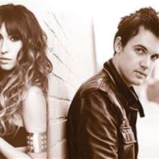 Kate-voegele-and-tyler-hilton-1426935061