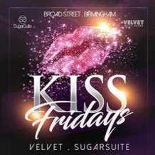 Kiss-fridays-1492845123