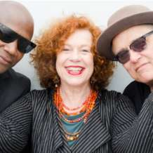 Sarah-jane-morris-with-tony-remy-and-tim-cansfield-1543869594