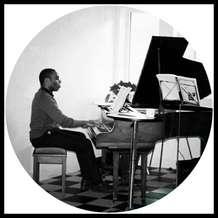 Piano-lounge-1526932995