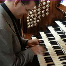 Organ-recital-by-paul-carr