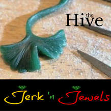 Jerk-n-jewels-wax-carving-jewellery-design-workshop-1583430831