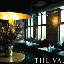 Speed-dating-the-vaults-ages-26-38-1382701904
