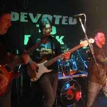 Devoted-to-rock-1496562733