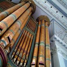 Lunchtime-organ-concert-spaced-out-1496607902