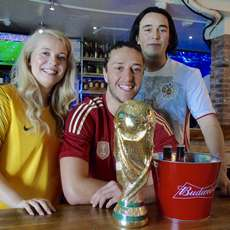 World-cup-at-walkabout-1526032112